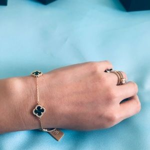 Van cleef arples style bracelet brand new